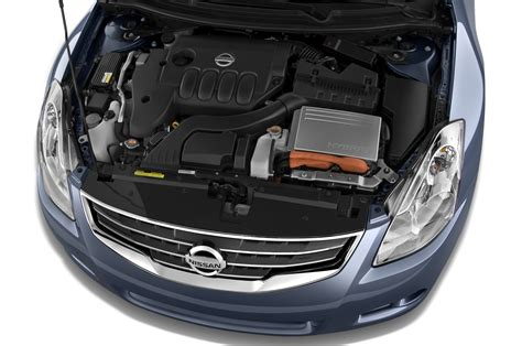 2011 nissan altima reviews and rating motor trend