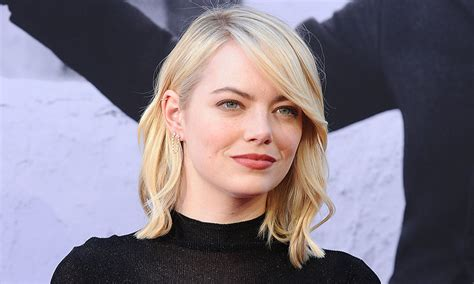 emma stone yearly income emma stone reveals male co stars took pay cuts to ensure