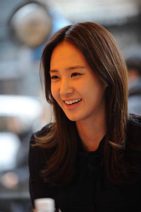 yoo ah in và shin se kyung yuri snsd đ 225 nh lẻ cặp k 232 c 249 ng người y 234 u suzy