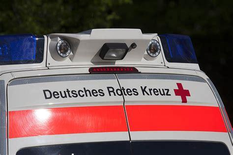 Motorrad Fahren Bei 10 Grad by Verkehrsunfall Mit Verletztem Motorradfahrer Auf Alteck
