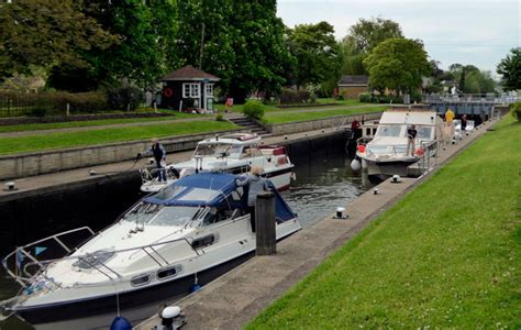 thames lock reading environment agency announces thames lock closures motor