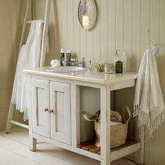 cottage style bathroom ideas 1000 ideas about cottage style bathrooms on