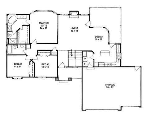 how many square feet is a 3 car garage ranch home with 3 bdrms 1540 sq ft house plan 103 1066