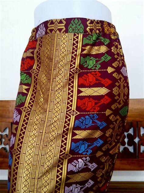 Kamen Bawahan Kebaya Biru jual rok batik rok kebaya songket bali prada kamen
