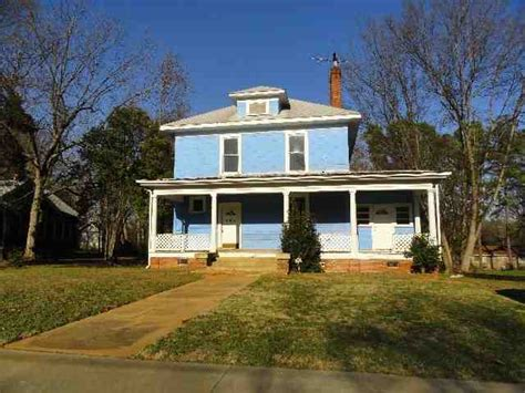 houses for sale in anderson sc 805 elizabeth st anderson south carolina 29624 reo home details reo properties and