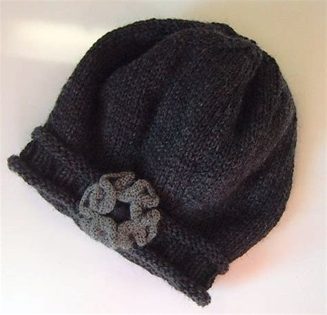 free pattern on ravelry darling hat pattern free on ravelry knits pinterest