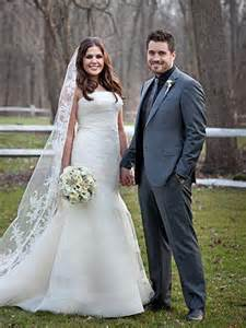 did lady antebellum s hillary scott get married in