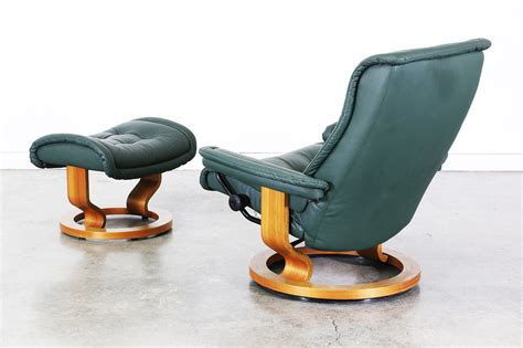 Leather Reclining Chair With Ottoman Ekornes Stressless Green Leather Reclining Chair With Ottoman Vintage Supply Store