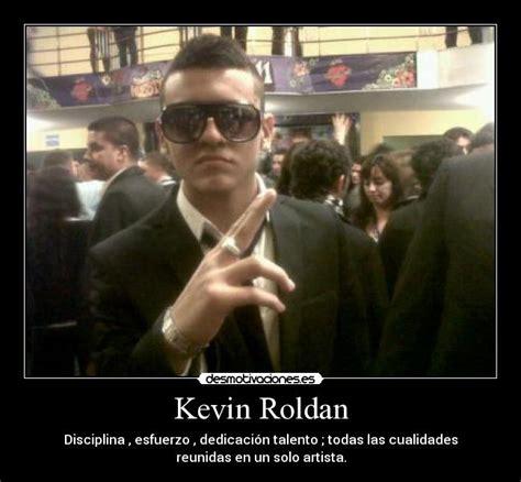 imagenes de kevin roldan con frases de amor kevin roldan desmotivaciones