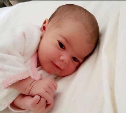 did dr rachael ross have her baby yet dr rachael of the doctors gives birth to a girl