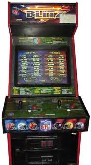 Nfl Blitz Arcade Cabinet by Nfl Blitz Videogame By Midway