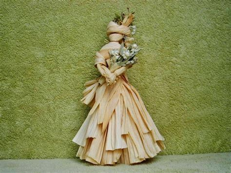 picture of corn cob doll 40 best how to make corn husk dolls images on