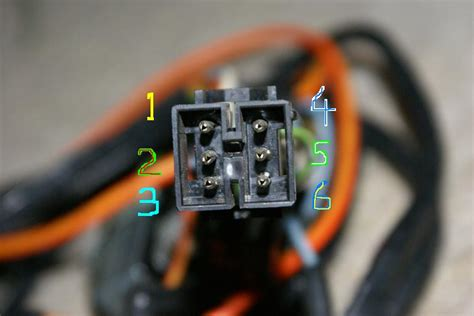 turn signal  horn wiring connector   mustang