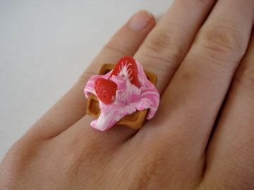 Emblem Krista By Kur Accesories custom waffle ring with strawberry and