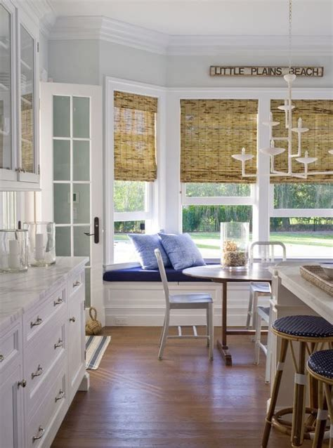 bay window seating in kitchen 66 best images about kitchen windows on
