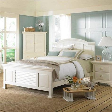 pleasant isle fullqueen cottage style panel bed  slatted headboard  broyhill furniture