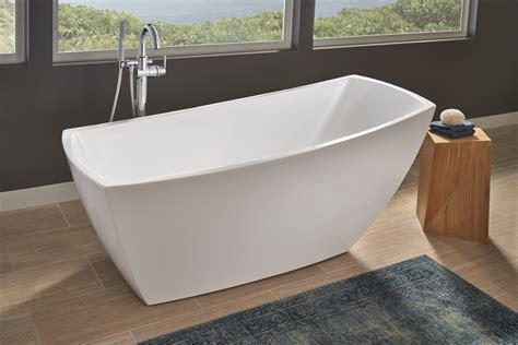 jacuzzi stella soaker tub   freestanding statement