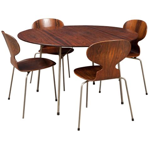 Arne Jacobsen Dining Chairs Ant Rosewood Table And Dining Chair Set By Arne Jacobsen At 1stdibs
