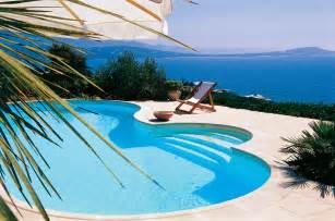 aqua polyester prend soin de votre piscine