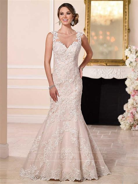 Wedding Hair Dress With Straps by Straps Sweetheart Neckline Lace Wedding Dress With