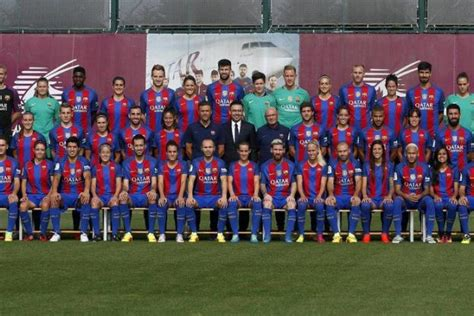 Calendrier Du Barca Foot Espagne L Originale Photo Officielle Du Fc Barcelone