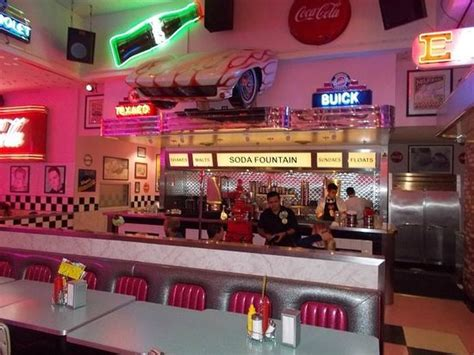 corvette diner pictures to pin on pinsdaddy