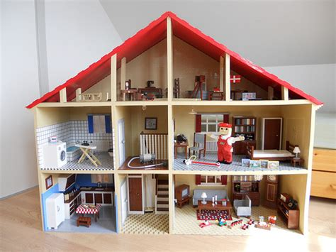 50 s lego mascot home the brothers brick the brothers