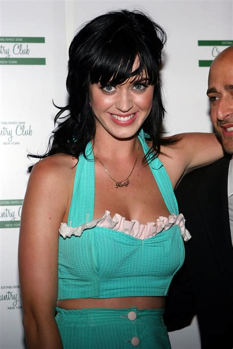 Trafis Top katy perry in katy perry hosts travis mccoy s birthday