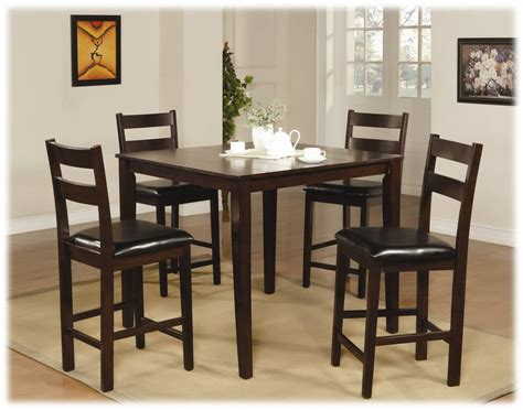traditional casual style dining room with brown