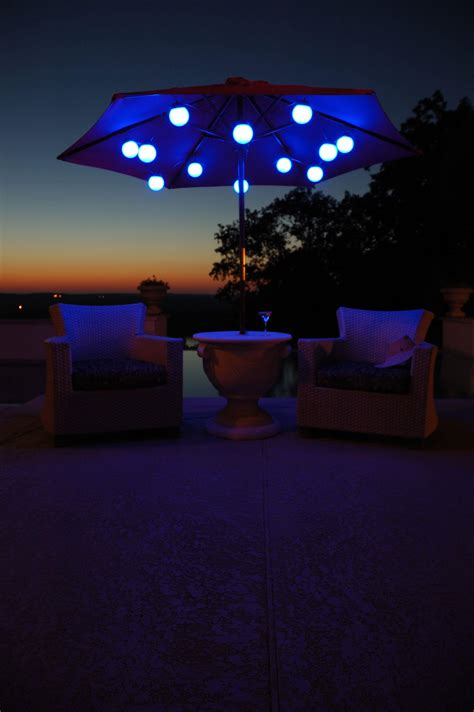 Patio Umbrella With Lights by 27 Wonderful Patio Umbrella String Lights Pixelmari