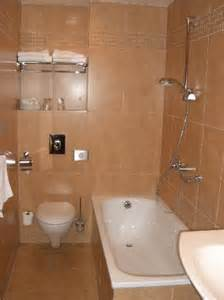 bathroom average size but clean fotograf 237 a de ea hotel