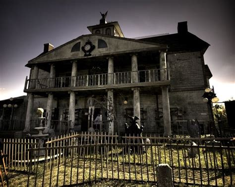 haunted house texas thrillvania haunted house park the werewolf lives haunted house ratings