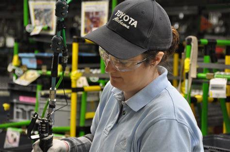 Toyota Plant Huntsville Study Toyota Engine Plant Supports 9 700 Alabama