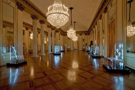 robert wilson illuminates 7 electric chairs for kartell