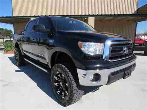 buy used 2010 toyota tundra crew max 4wd sr5 trd off road pkg lifted back up camera steps in
