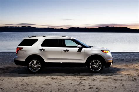 ford explorer 2011 ford explorer v6 officially rated at 17 25 mpg by epa