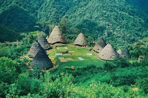 komodo  wae rebo traditional village   flores