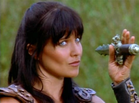 zena the warrior princess hairstyles stop the presses lucy lawless tweets something vaguely