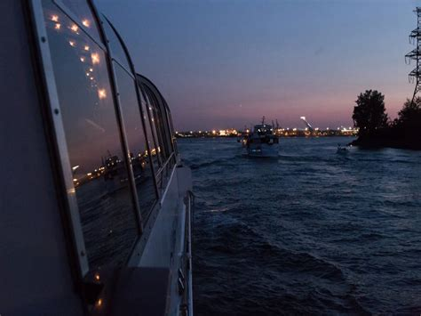 bateau mouche quebec souper croisi 232 re sur le bateau mouche croisi 232 res