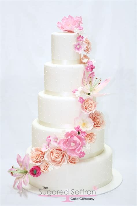 Wedding Cakes Flowers by Cascading Flower Wedding Cake Wedding Cakes