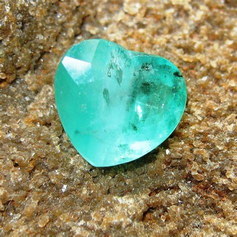 Zamrud Emerald Brazil jual batu mulia zamrud shape 4 10 carat est dari brazil