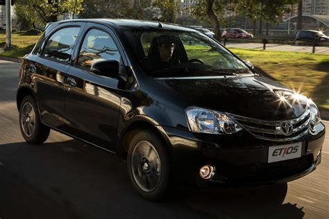 Toyota Hatchback 2015 Toyota Etios Hatchback 2015 Espacio Y Confort Lista De