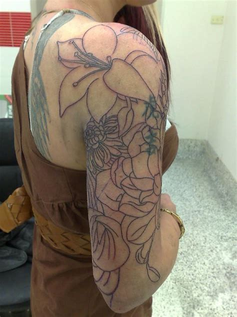 quarter sleeve tattoo woman floral half sleeve tattoos for half sleeve tattoos