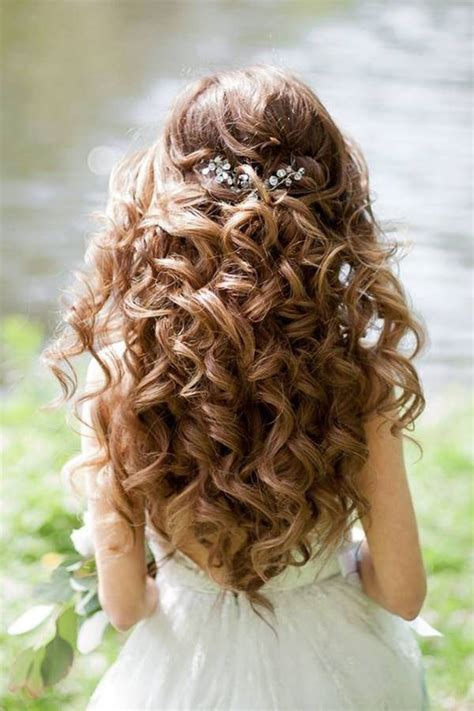 quinceanera hairstyles for long hair with curls and tiara 48 of the best quinceanera hairstyles that will make you