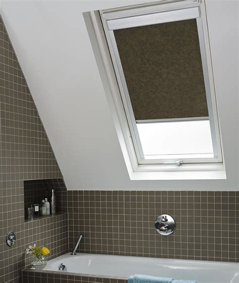 velux window blinds fitting velux 174 blinds velux blinds installation bridgwater