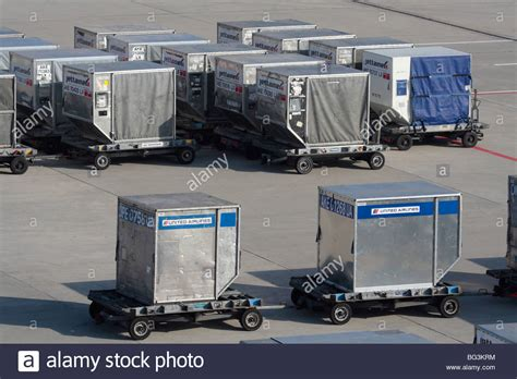 air cargo containers stock photos air cargo containers stock images alamy