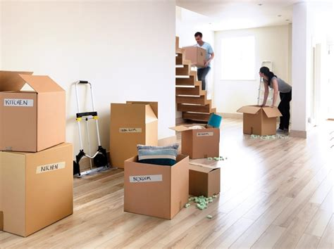 house hold movers buying a house in a school catchment area