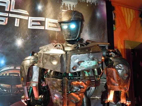 film robot atom hollywood movie costumes and props real steel s