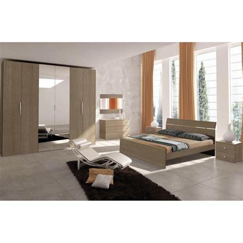 specchi per da letto classica gallery of come arredare da letto senza armadio