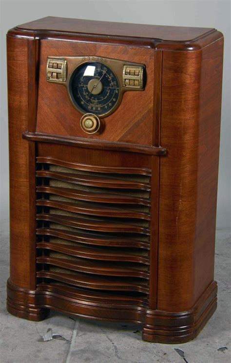 floor model zenith model 8 s 563 deco floor model radio